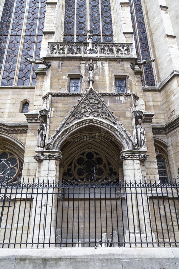 Λεπτομέρεια της πρόσοψης του Sainte- Chapelle στοκ εικόνες