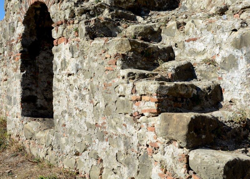 Λεπτομέρεια του αρχαίου φρουρίου Bashtova στοκ φωτογραφίες