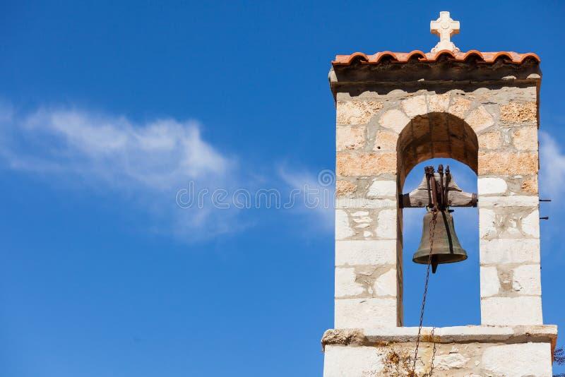 Λεπτομέρεια του καμπαναριού αρχιτεκτονικής στην πόλη Vathia, Mani Ελλάδα στοκ εικόνες