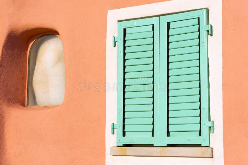 Λεπτομέρεια του παραθύρου - Λιγυρία Ιταλία στοκ φωτογραφία με δικαίωμα ελεύθερης χρήσης