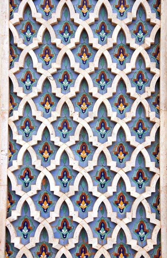 Λεπτομέρεια του τοίχου μωσαϊκών στο Χασάν ΙΙ μουσουλμανικό τέμενος, Καζαμπλάνκα, Μαρόκο στοκ φωτογραφίες