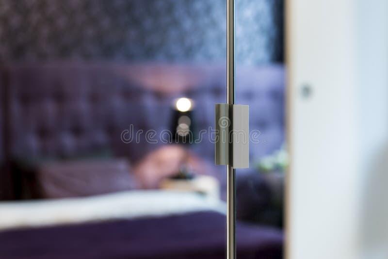 Λεπτομέρεια των πορτών καθρεφτών ντουλαπών στοκ εικόνες