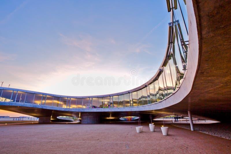 λεπτομέρειες ΙΙ οικοδόμησης αρχιτεκτονικής σύγχρονες στοκ εικόνα με δικαίωμα ελεύθερης χρήσης