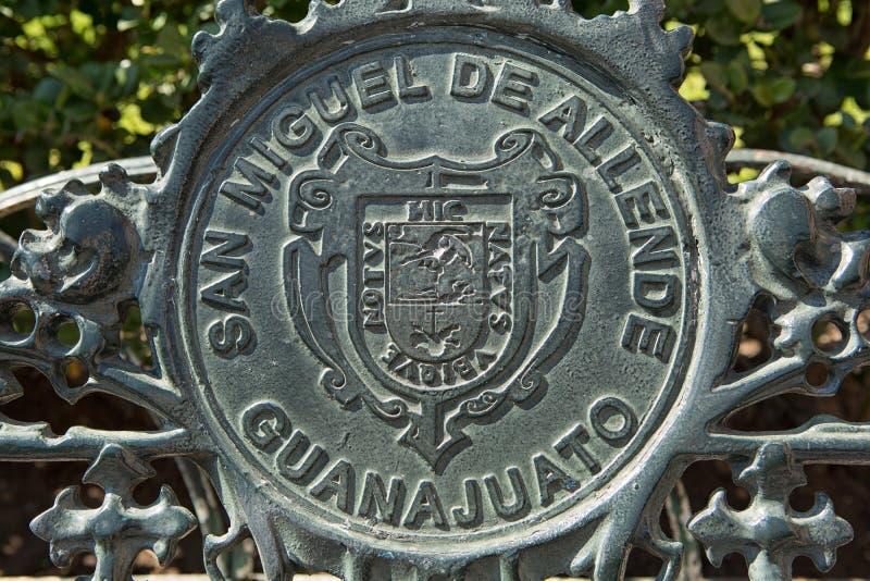 Λεπτομέρειες πάγκων χυτοσιδήρου στο Μεξικό στοκ εικόνες