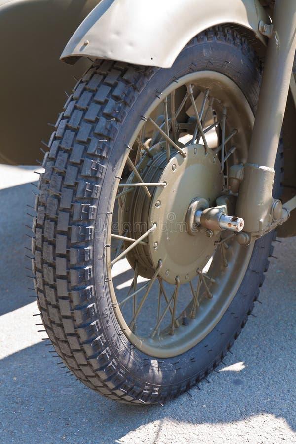 Λεπτομέρειες της άψογα διατηρημένης εκλεκτής ποιότητας κλασικής μοτοσικλέτας στοκ φωτογραφίες με δικαίωμα ελεύθερης χρήσης