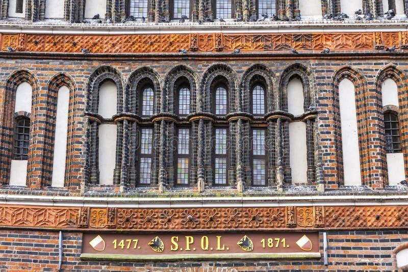 Λεπτομέρειες της πύλης Holsten στην παλαιά πόλη του Λούμπεκ, Γερμανία στοκ φωτογραφία με δικαίωμα ελεύθερης χρήσης