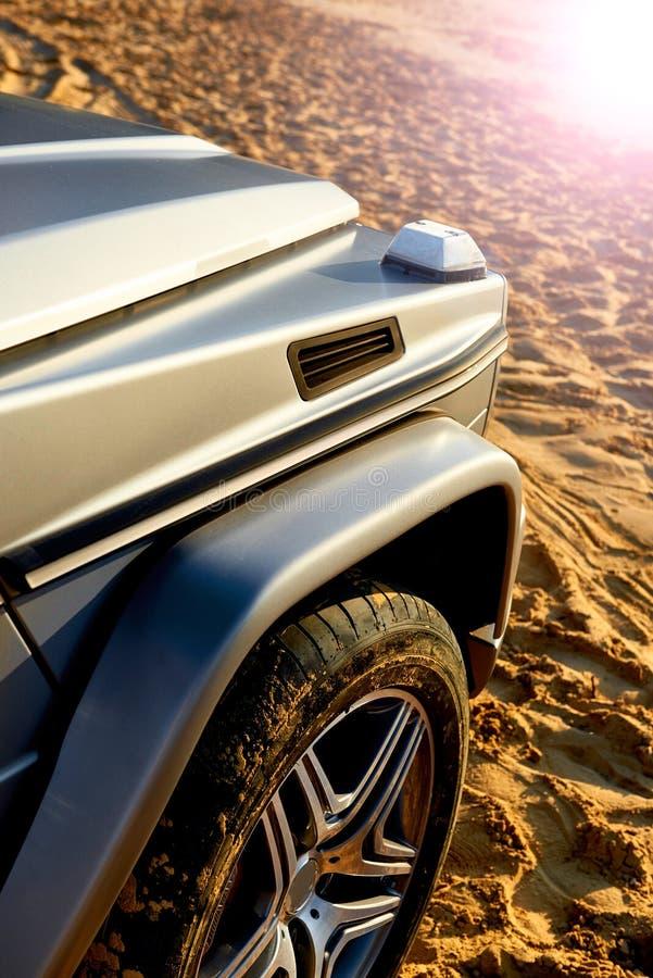 Λεπτομέρειες του σύγχρονου πλαϊνού αυτοκινήτου πολυτέλειας στοκ φωτογραφίες με δικαίωμα ελεύθερης χρήσης