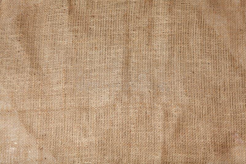 Λεπτομερής σύσταση ζαρωμένο burlap στοκ εικόνες