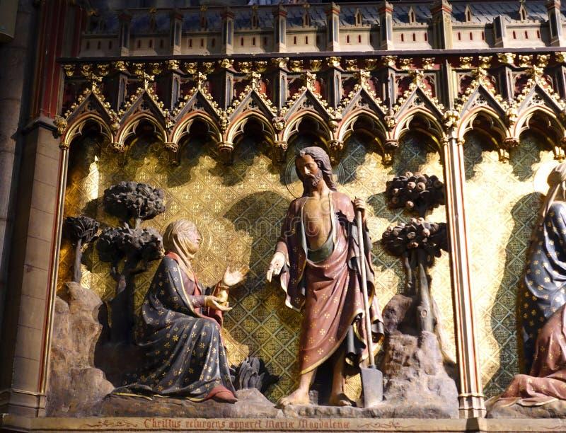 Λεπτομερής χαρασμένος εσωτερικός Notre Dame καθεδρικός ναός Frieze στοκ φωτογραφία με δικαίωμα ελεύθερης χρήσης