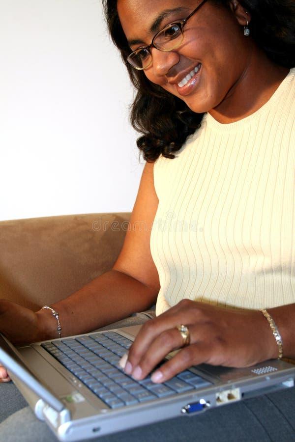 λευκή γυναίκα ανασκόπησ&et στοκ φωτογραφία με δικαίωμα ελεύθερης χρήσης
