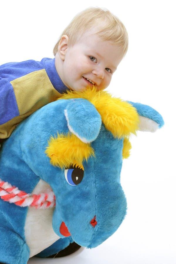 Download λευκό ανασκόπησης μωρών στοκ εικόνες. εικόνα από φίλων - 397374