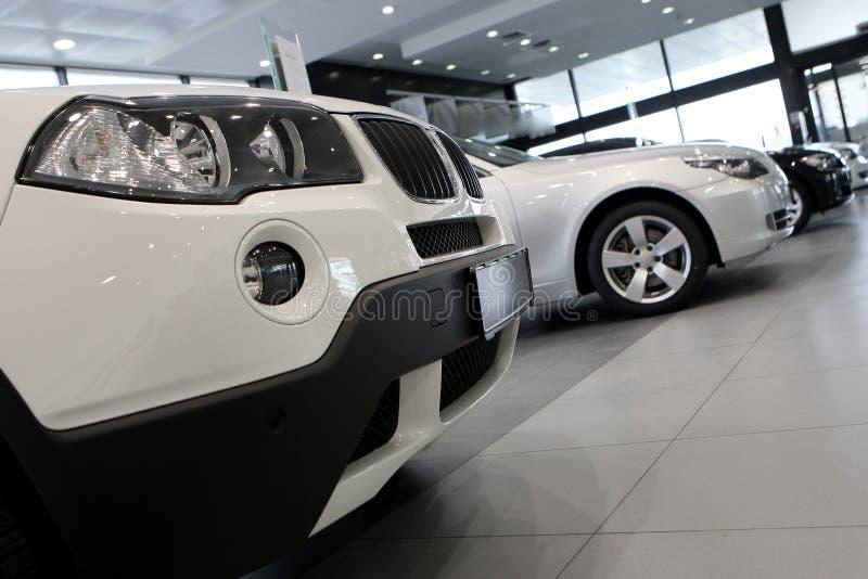 λευκό αυτοκινήτων στοκ εικόνα με δικαίωμα ελεύθερης χρήσης