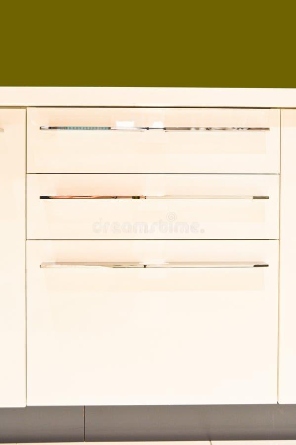 Λευκό γραφείων κουζινών στοκ εικόνες με δικαίωμα ελεύθερης χρήσης