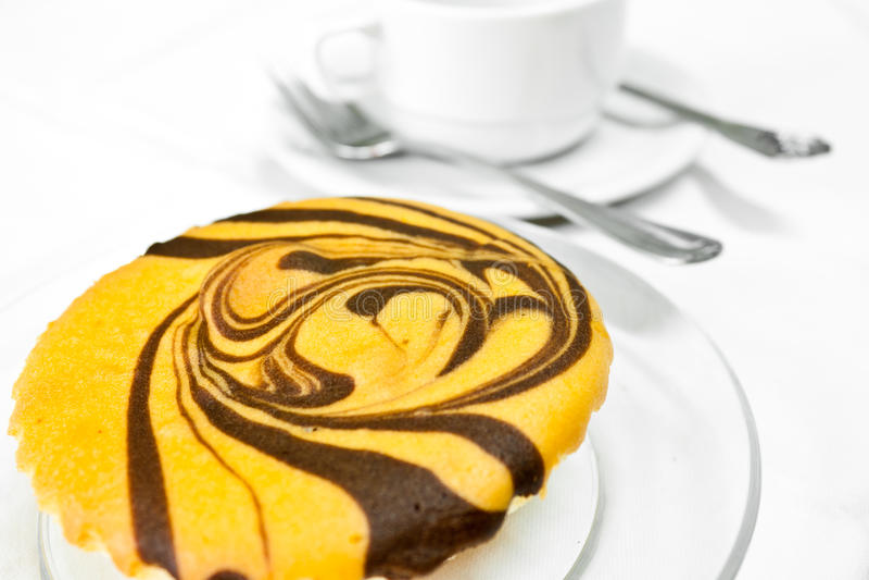 λευκό κέικ αρτοποιείων &alpha στοκ φωτογραφίες με δικαίωμα ελεύθερης χρήσης