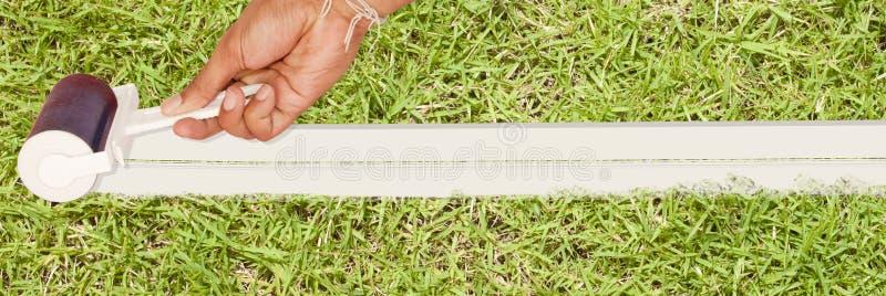 λευκό κυλίνδρων χρωμάτων &ch στοκ φωτογραφία