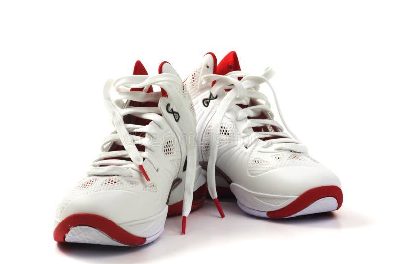 λευκό παπουτσιών καλαθ&o στοκ φωτογραφίες
