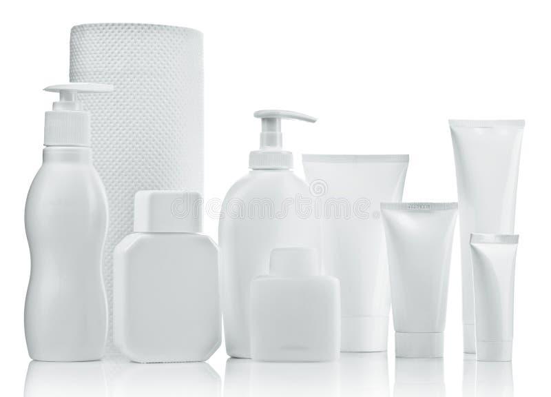 λευκό σωλήνων πετσετών μπ&om στοκ εικόνα με δικαίωμα ελεύθερης χρήσης