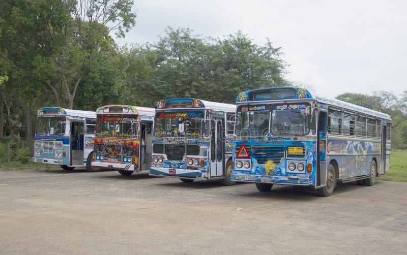 Λεωφορεία Lanka Ashok Leyland τουριστών Σρι Λάνκα στοκ φωτογραφία