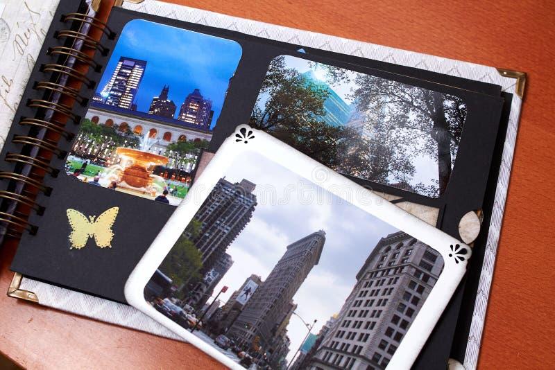 Λεύκωμα της Νέας Υόρκης Scapbook με το κατασκευασμένο έγγραφο στοκ φωτογραφία με δικαίωμα ελεύθερης χρήσης