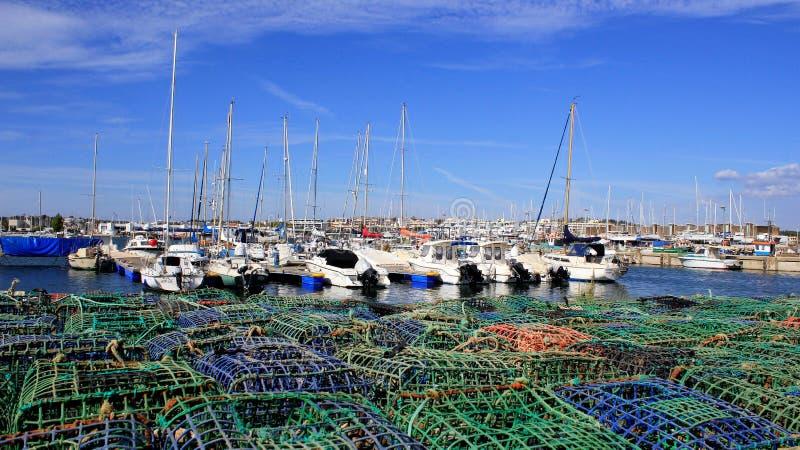 Λιμάνι αλιείας λιμένων γιοτ και αλιευτικό εργαλείο στοκ φωτογραφίες με δικαίωμα ελεύθερης χρήσης