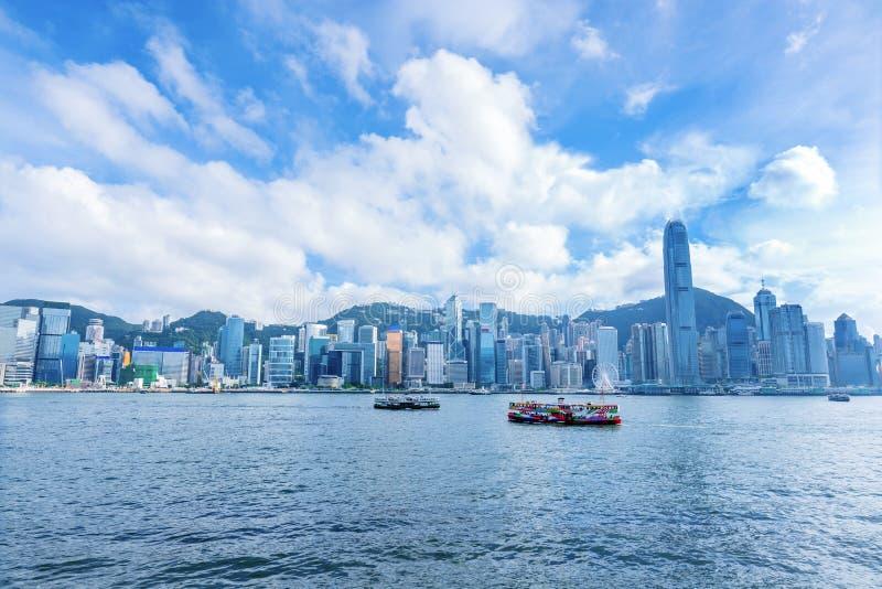 Λιμάνι Βικτώριας πανοράματος οριζόντων του Χονγκ Κονγκ στοκ εικόνα
