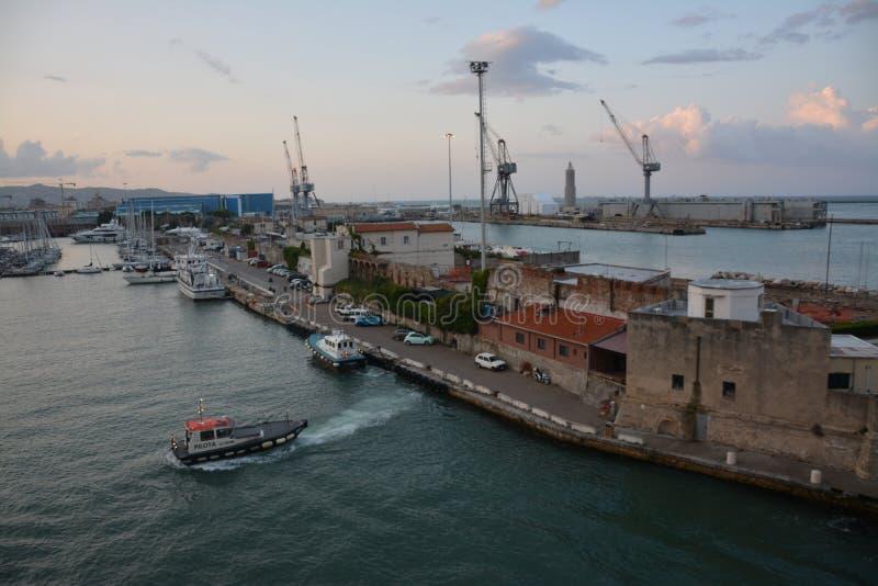 Λιμάνι στην ανατολή στοκ φωτογραφίες με δικαίωμα ελεύθερης χρήσης