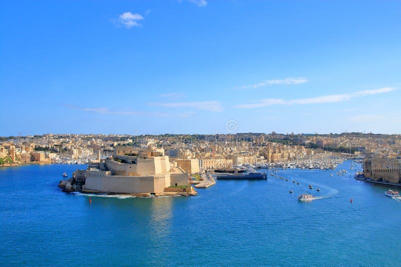 Λιμάνι του νησιού της Μάλτας από το ύψος της πόλης Valletta στοκ εικόνες με δικαίωμα ελεύθερης χρήσης