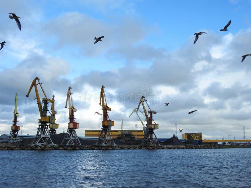 Λιμάνι Ventspils, Λετονία στοκ φωτογραφίες με δικαίωμα ελεύθερης χρήσης