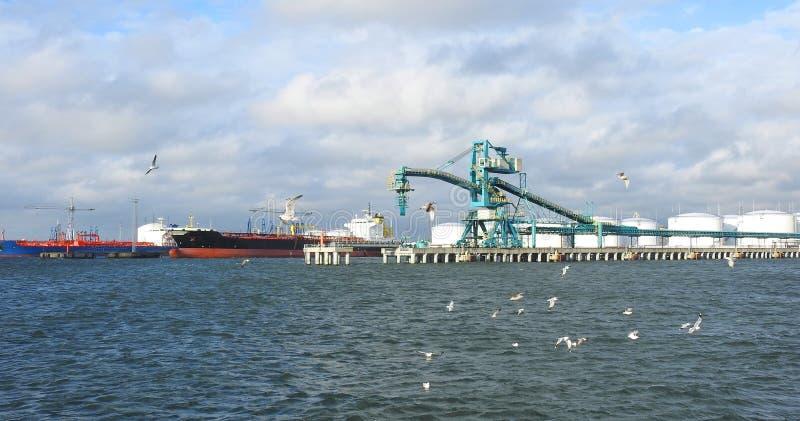 Λιμάνι Ventspils, Λετονία στοκ φωτογραφία
