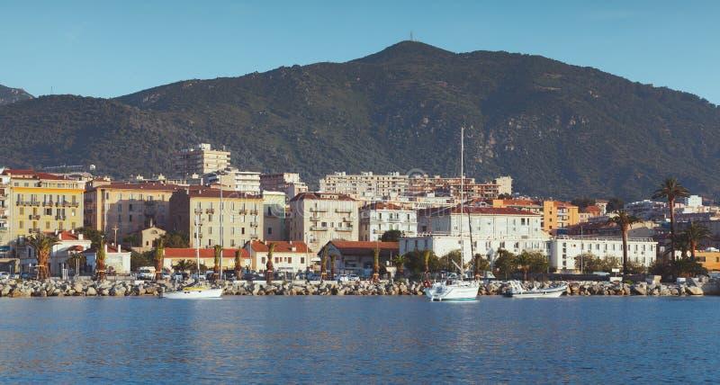 Λιμένας του Ajaccio, άποψη παραλιών Κορσική στοκ φωτογραφία
