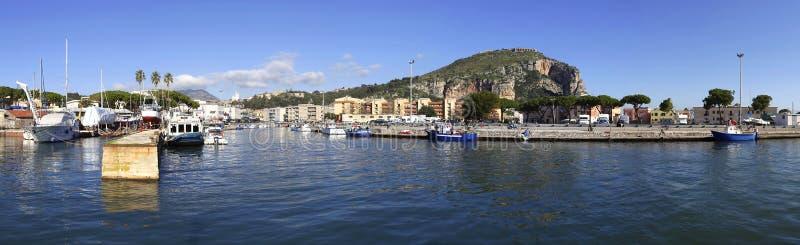 Λιμένας Terracina, Ιταλία στοκ φωτογραφία με δικαίωμα ελεύθερης χρήσης