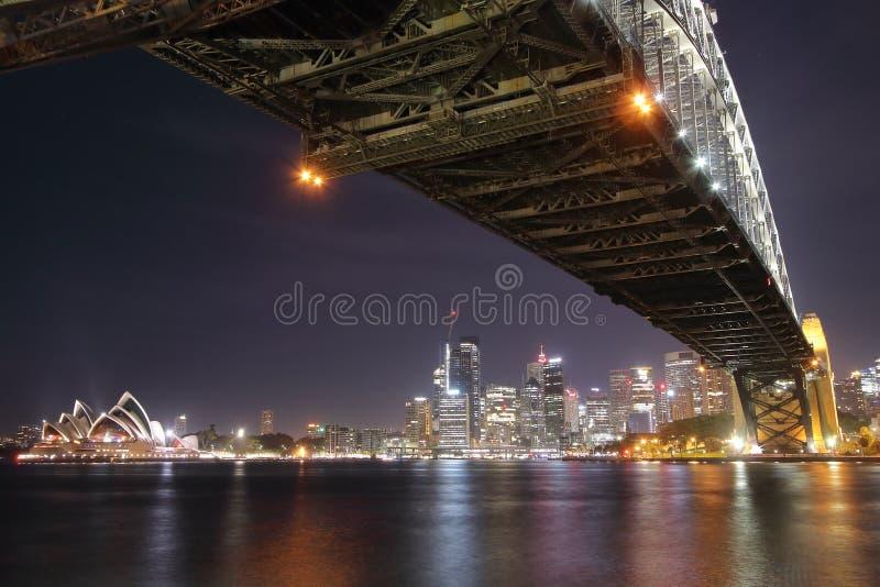 Λιμενική γέφυρα, Σίδνεϊ, Αυστραλία - 23$η Οκτωβρίου, του 2018: Άποψη νύχτας αυτής της γέφυρας αψίδων χάλυβα στο Σίδνεϊ στοκ εικόνες