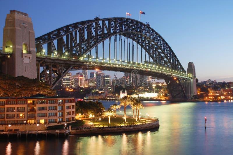 Λιμενική γέφυρα του Σύδνεϋ στην ανατολή στοκ εικόνες με δικαίωμα ελεύθερης χρήσης
