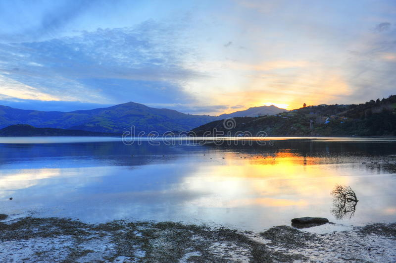 λιμενικό νέο ηλιοβασίλε&mu στοκ εικόνα