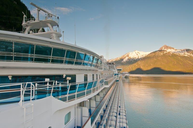 λιμενικό σκάφος κρουαζ&io στοκ εικόνες με δικαίωμα ελεύθερης χρήσης