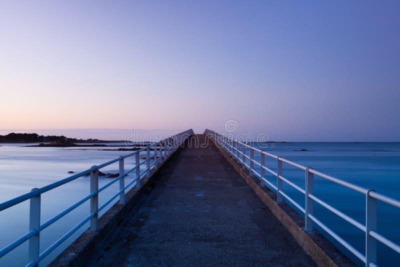 Download λιμενοβραχίονας στοκ εικόνες. εικόνα από ηλιοβασίλεμα - 17054402