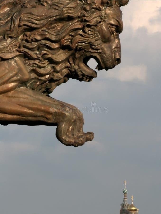 λιοντάρι 2 άλματος στοκ εικόνες