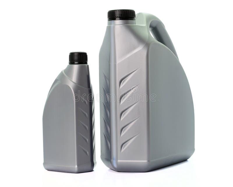 Λιπαντικό πετρελαίου μηχανών που απομονώνεται στο άσπρο υπόβαθρο στοκ εικόνα