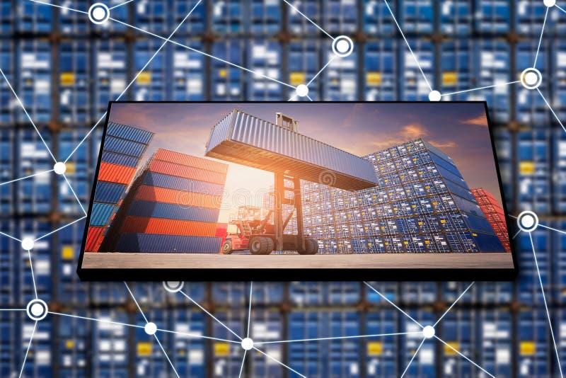 Λογιστική επιχείρηση εμπορευματοκιβωτίων φορτίου με Διαδίκτυο των πραγμάτων στοκ φωτογραφία με δικαίωμα ελεύθερης χρήσης