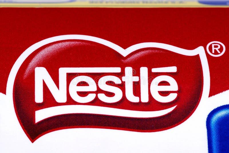 Λογότυπο επιχείρησης της Nestle στοκ φωτογραφία