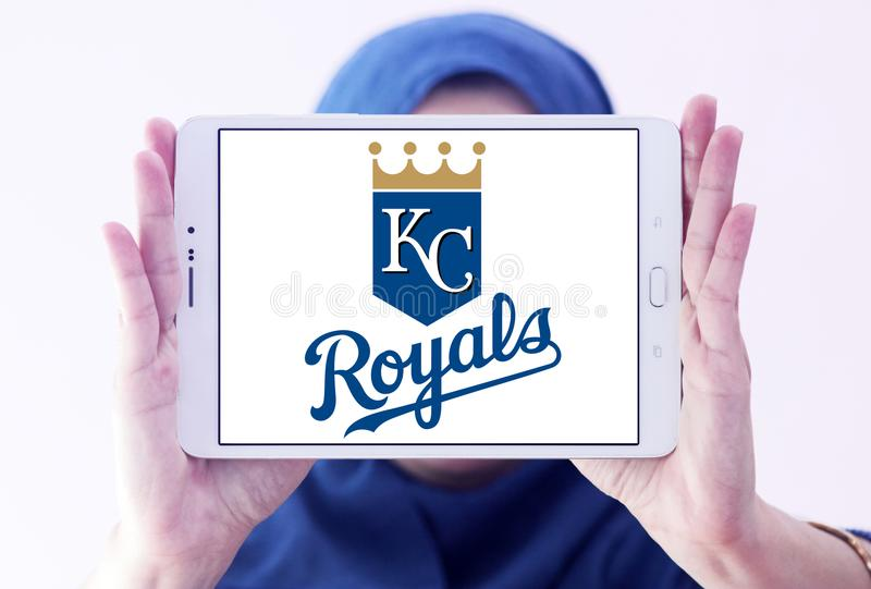 Λογότυπο ομάδων μπέιζμπολ Royals πόλεων του Κάνσας στοκ φωτογραφίες