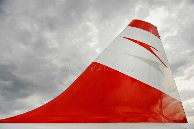 Λογότυπο της Austrian Airlines στο αεροπλάνο στοκ φωτογραφία