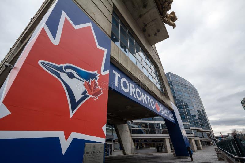Λογότυπο των Toronto Blue Jays στο κύριο στάδιό τους, κέντρο Rogers στοκ εικόνες