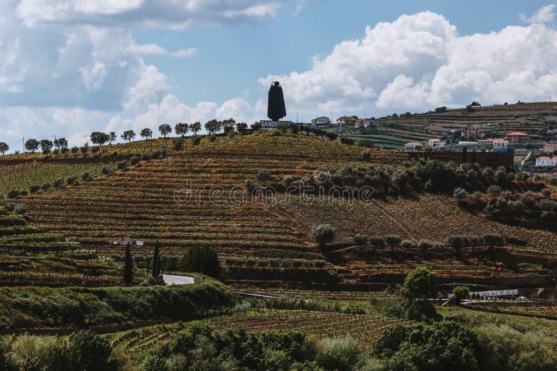 Λογότυπο Sandeman στην κορυφή του λόφου στοκ εικόνα