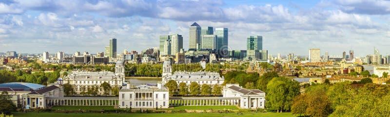 Λονδίνο, πάρκο του Γκρήνουιτς και Canary Wharf στοκ φωτογραφία με δικαίωμα ελεύθερης χρήσης