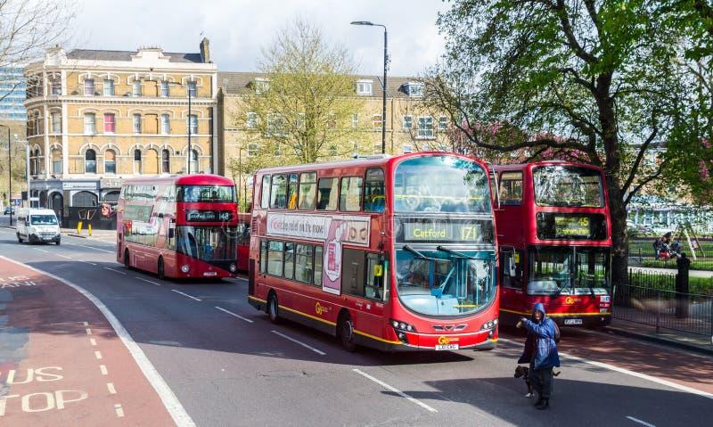 Λονδίνο, UK - 1 Απριλίου 2017: Πόλη του Λονδίνου, άποψη από ένα διπλάσιο στοκ εικόνες με δικαίωμα ελεύθερης χρήσης