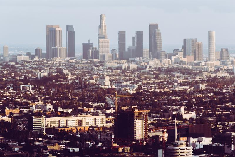 Λος Άντζελες, Ηνωμένες Πολιτείες, εικονική παράσταση πόλης - ορίζοντας με το αναδρομικό βλέμμα στοκ φωτογραφία με δικαίωμα ελεύθερης χρήσης