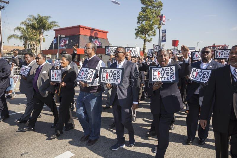 Λος Άντζελες, Καλιφόρνια, ΗΠΑ, στις 19 Ιανουαρίου 2015, ο 30ος ετήσιος Martin Luther King Jr Παρέλαση ημέρας βασίλειων, μαύρες ζω στοκ εικόνες