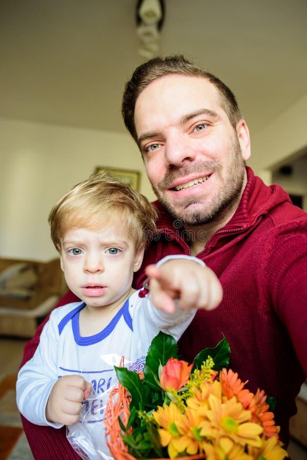 Λουλούδια για την ημέρα μητέρων ` s στοκ εικόνα με δικαίωμα ελεύθερης χρήσης