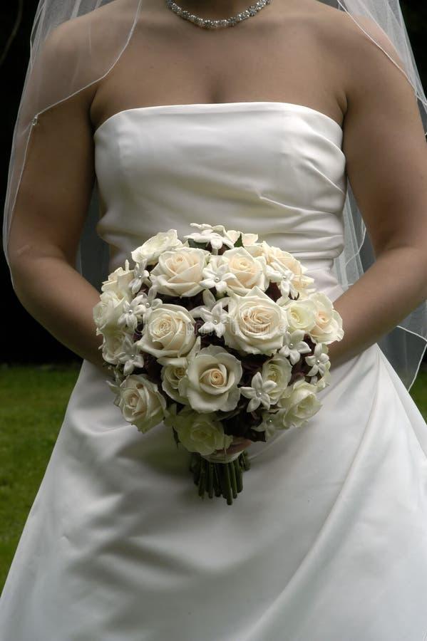 Download λουλούδια νυφών ανθοδ&epsilo Στοκ Εικόνες - εικόνα από αγάπη, άσπρος: 2230418